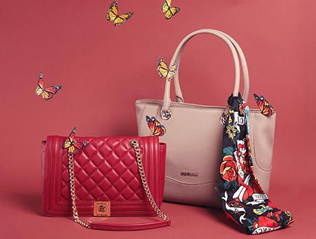 a4072f9a90772 Discounts from the Love Moschino Handbags sale   SECRETSALES