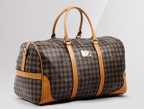 c82255f88bf1 Discounts from the Versace 1969 Abbigliamento Sportivo srl Bags for ...