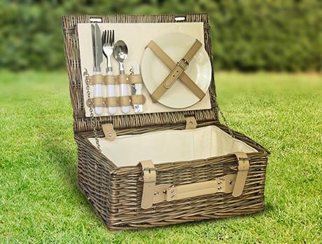 Luxury Picnic Baskets