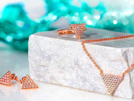 Debut: Elegant Confetti Jewels