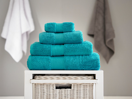 Bathroom Accessories & Towels