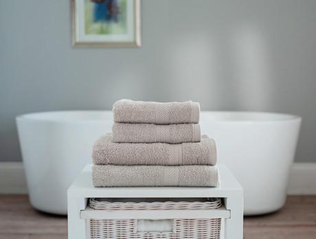 Deyongs 1846: Towels