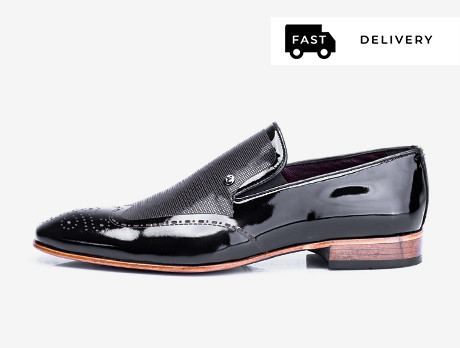 Formal Footwear: For Him