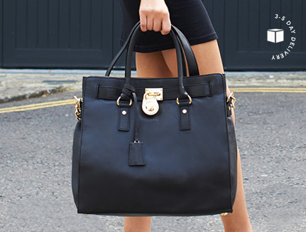 c41535ab271a Discounts from the Michael Kors Bags sale